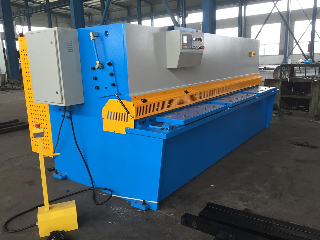 25 x 2500 Heavy Duty Hydraulic Shearing Machine / metal cutting